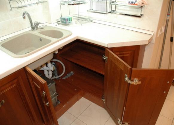 Кухонная мебель под мойку