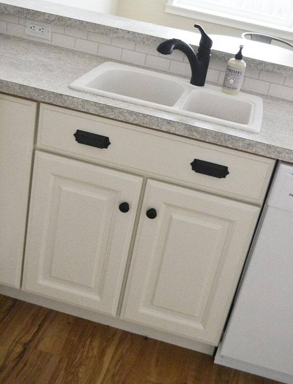 Кухонный шкаф прямой