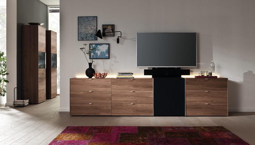 Современный комод в гостиную под ТВ