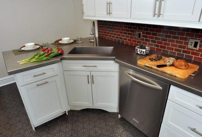 Выбор угловых кухонных тумб