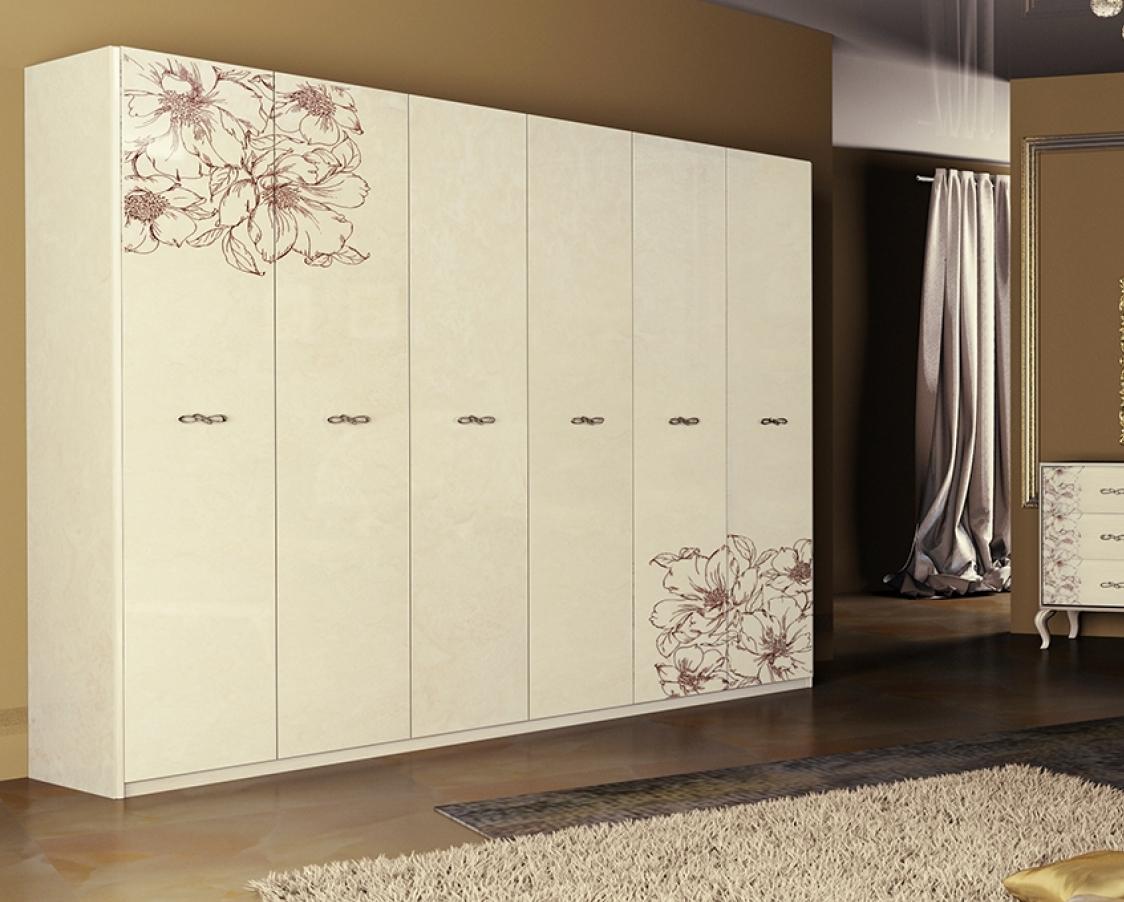 Белый шкаф с узором