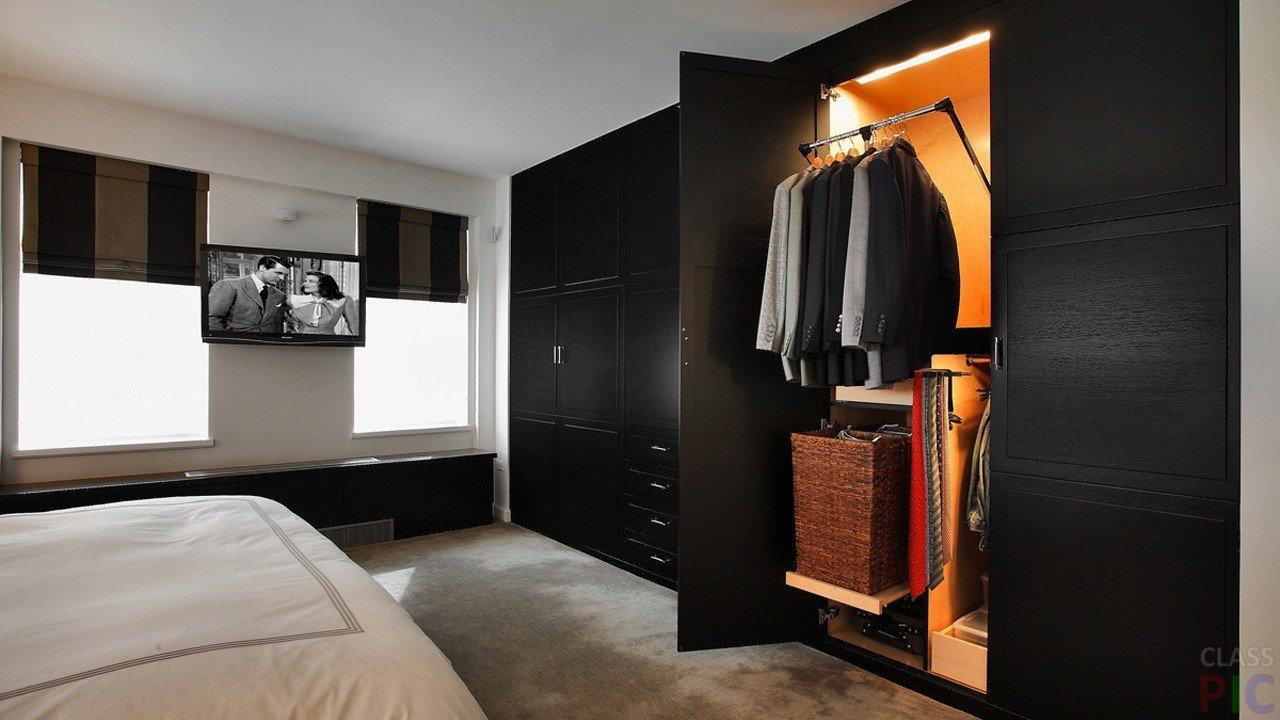 Чёрный шкаф в спальне