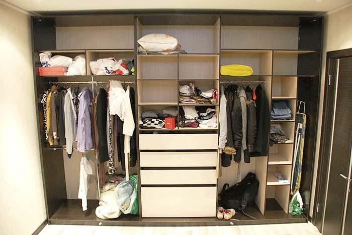Как разместить вещи в шкафу