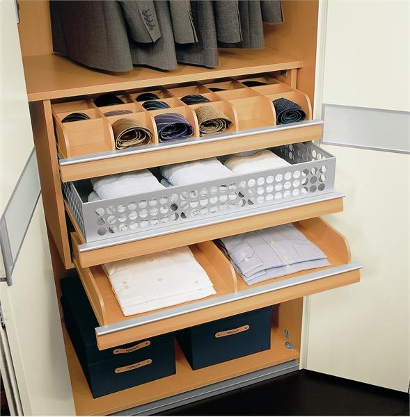 Как сделать выдвижные ящики в шкафу купе