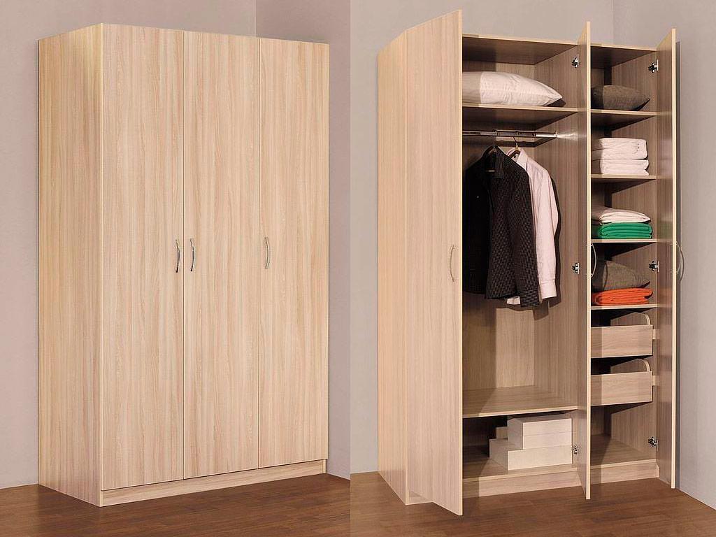 Как выглядит трехстворчатый шкаф