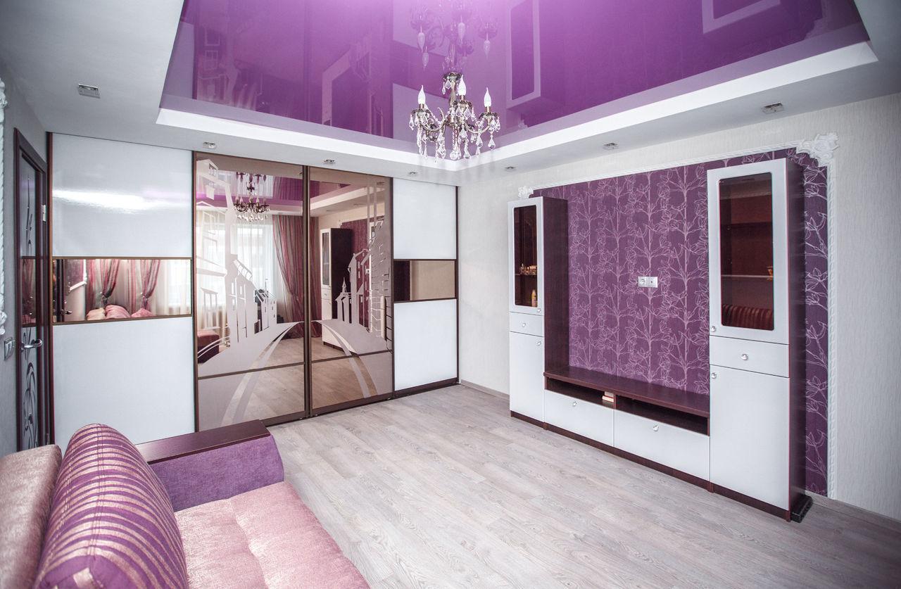 Мебель для гостиной со встроенным шкафом-купе