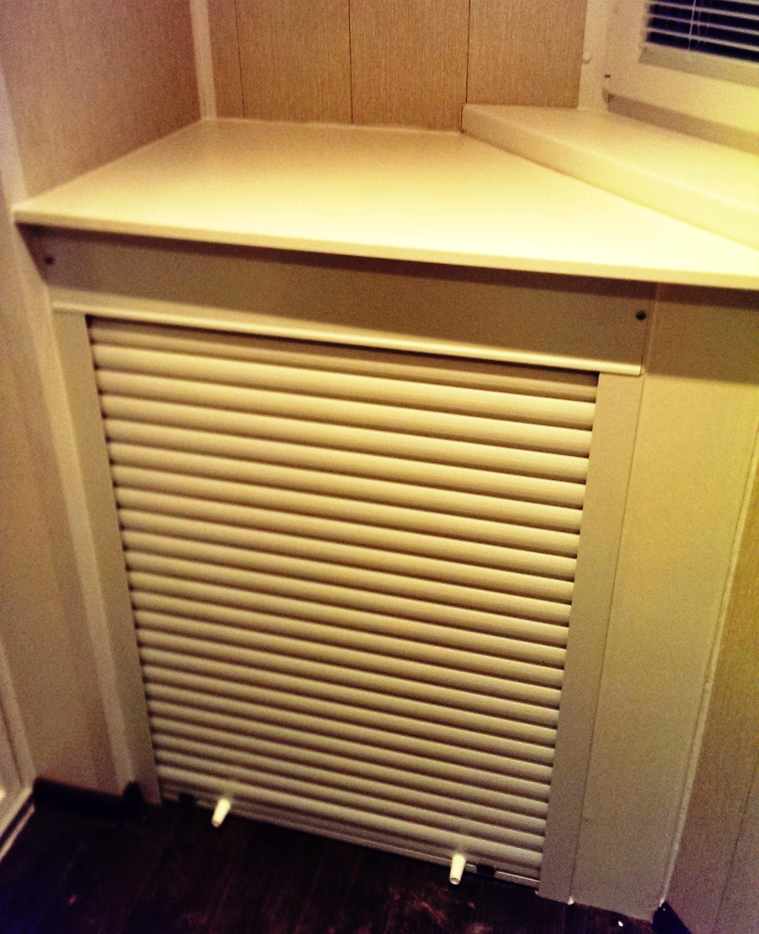Металлический шкаф на балкон