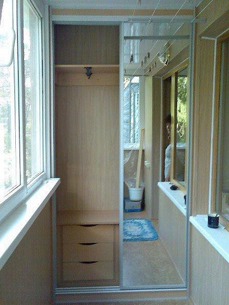 Оформление шкафа зеркалами