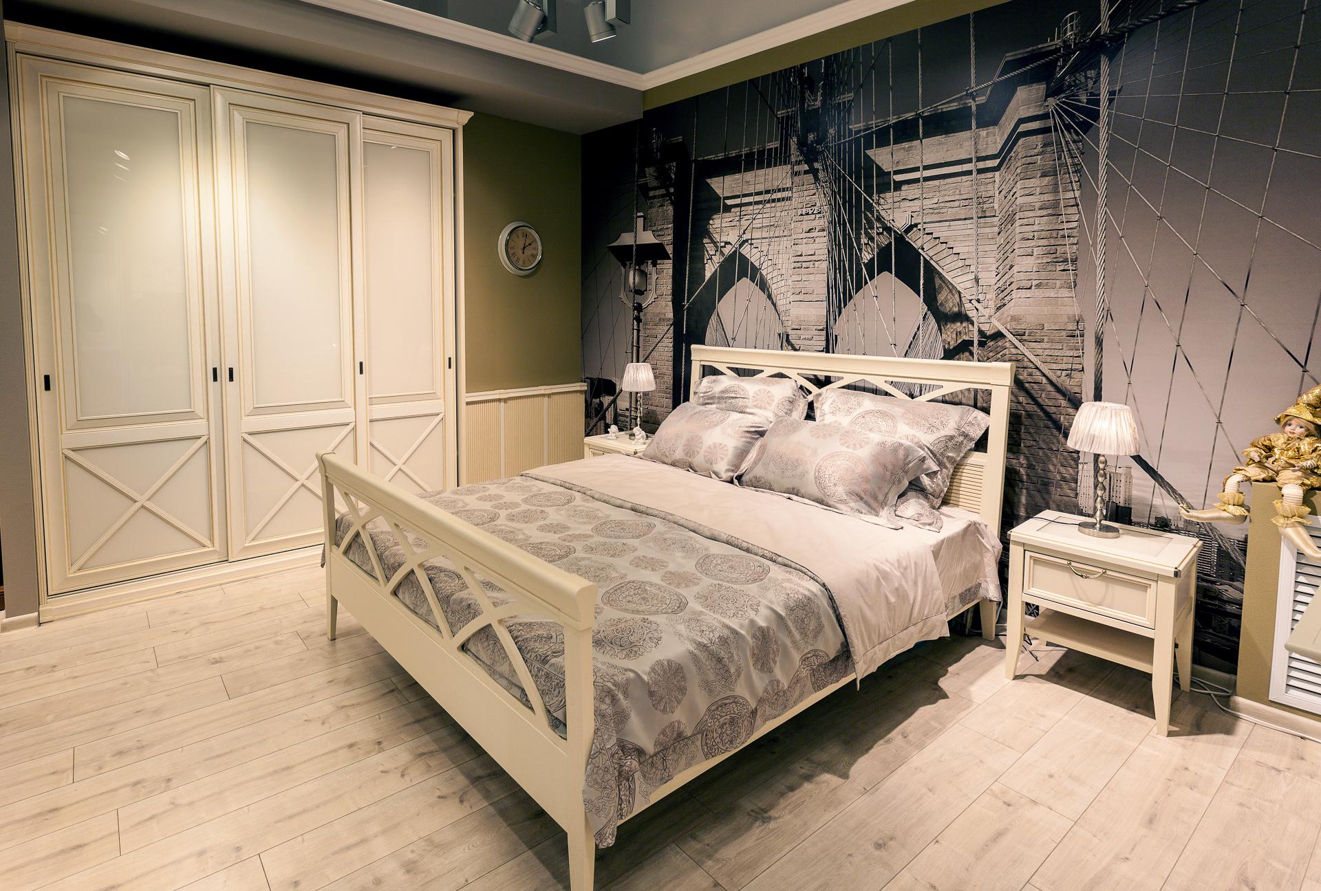 Шкаф купе в спальню классический