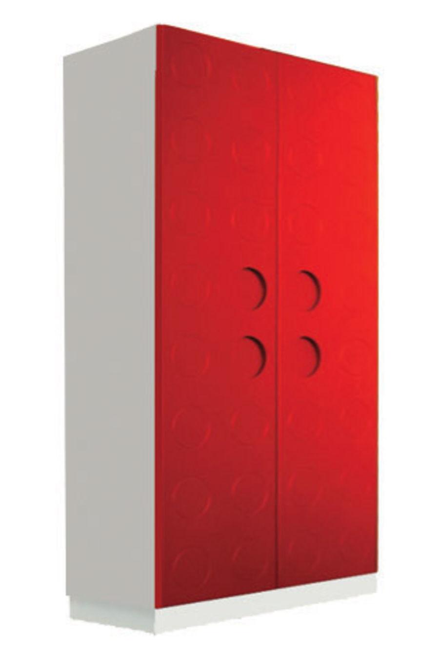 Шкаф с красным фасадом