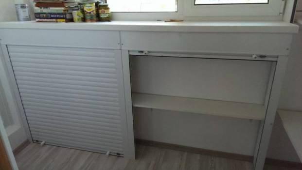 Шкаф с роллетой на балкон и лоджию