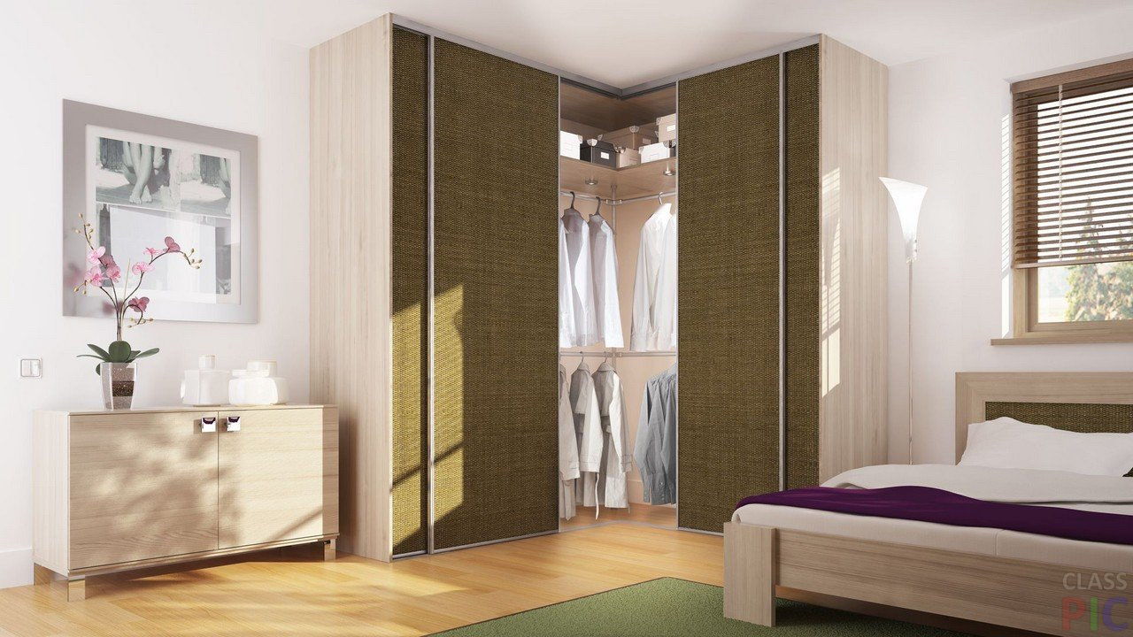 Шкаф с текстильными дверцами в спальне