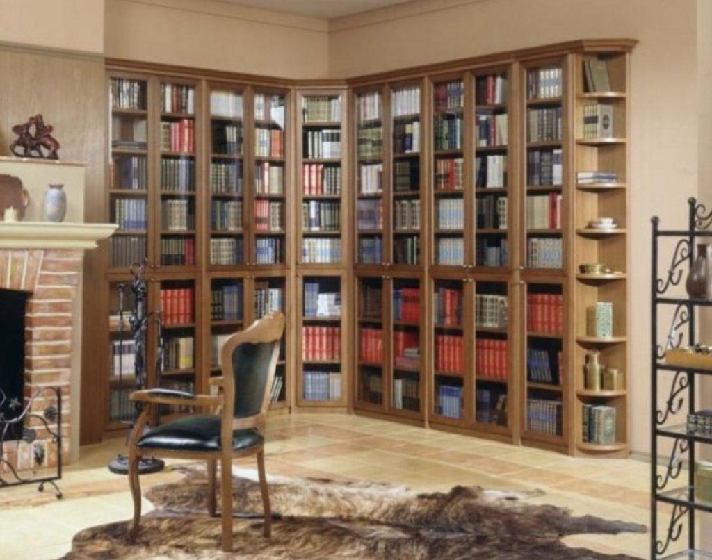 Книжные шкафы и библиотеки компактные.