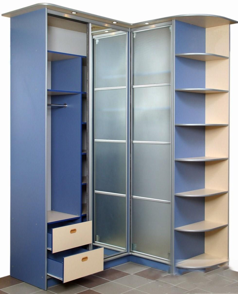 Шкаф в синем цвете