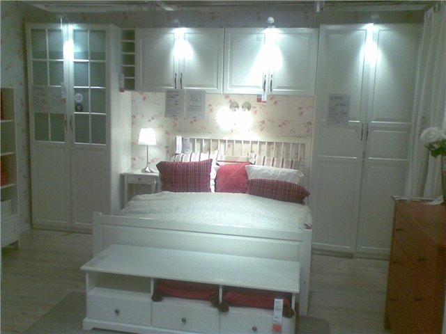 Шкафчики с подсветкой
