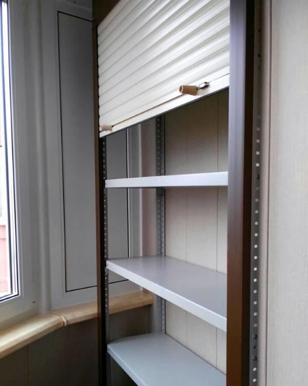 Удобный и красивый шкаф на балкон