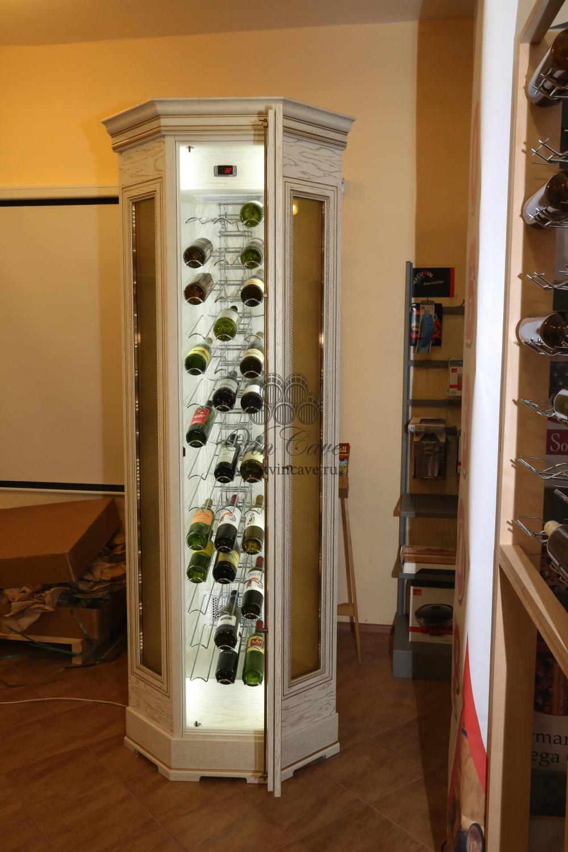 Угловой шкаф для вина