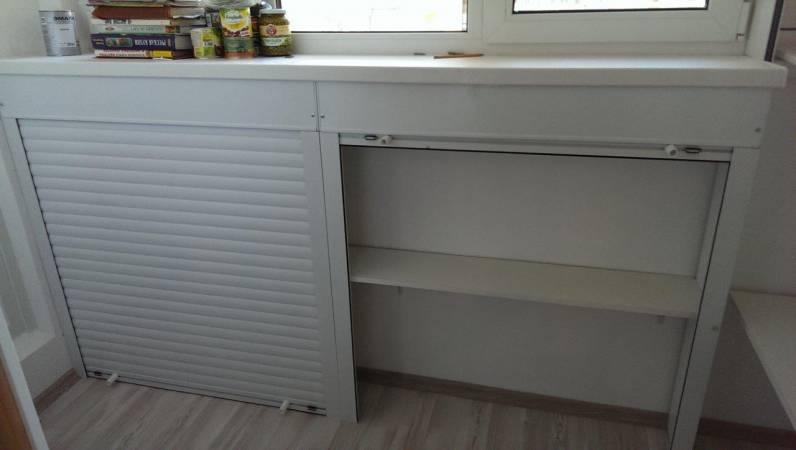 Узкий шкаф с рольставнями