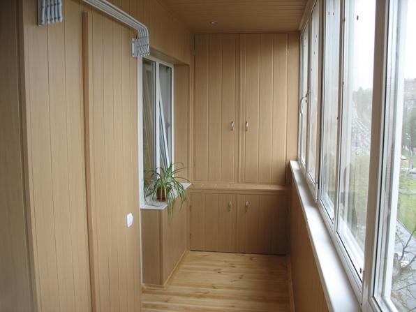Виды шкафов на балкон