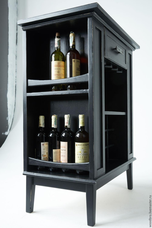 Винный шкаф для хранения вина и бокалов