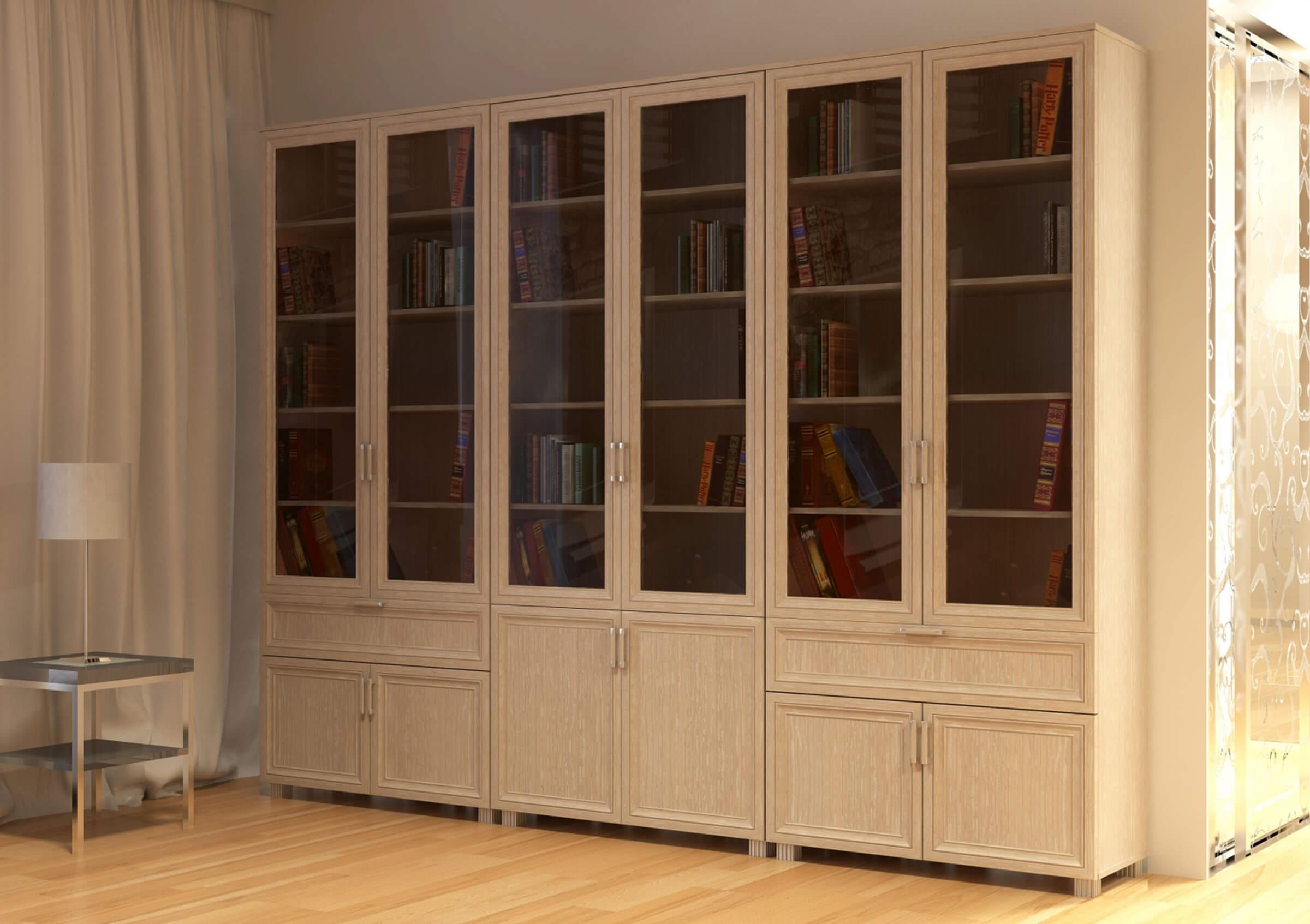 Вместительный книжный шкаф