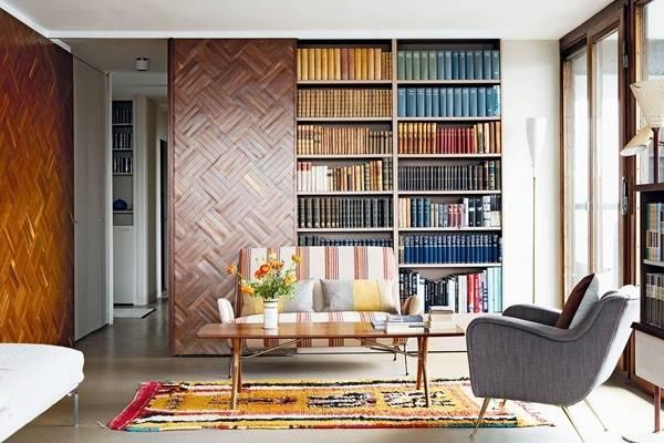 Встроенный книжный шкаф купе