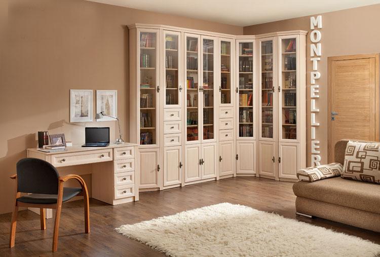 Белый шкаф для хранения книг