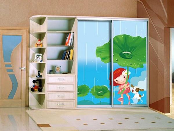 Дизайн детского шкафа купе