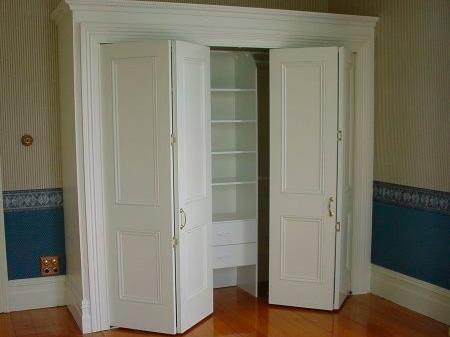 Дверь гармошка в гардероб