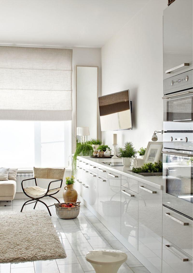 Кухня светлая