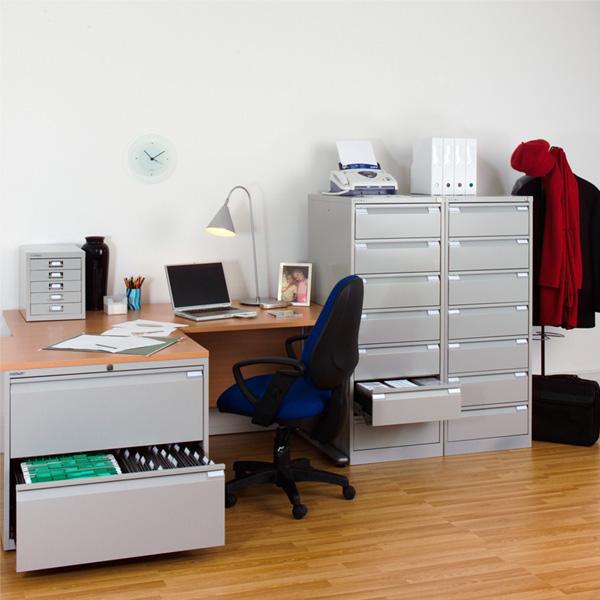 Металлическая мебель - выбираем шкаф