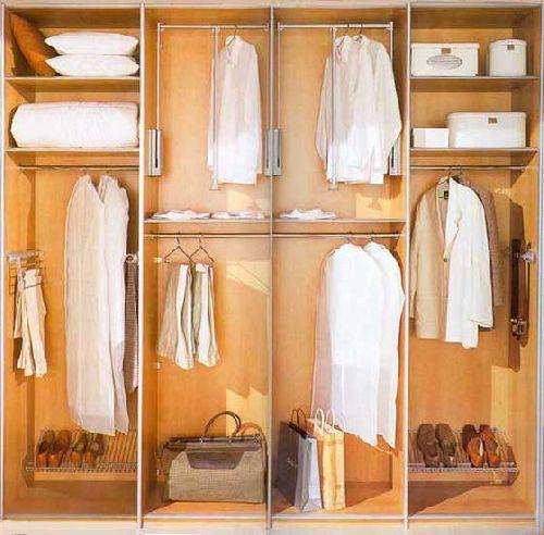 Размещение одежды в шкафу