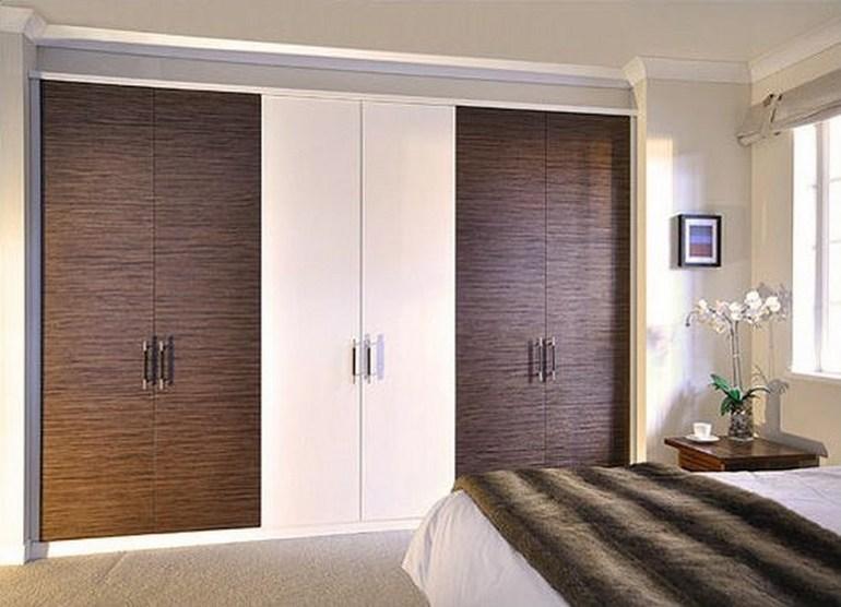 Распашные двери для встроенных шкафов
