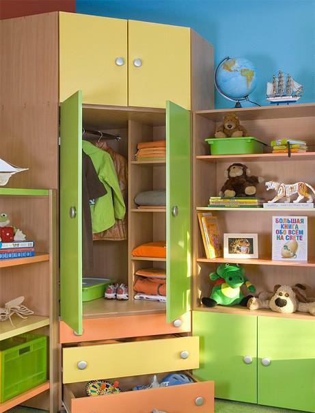 Шкаф детский с антресолью