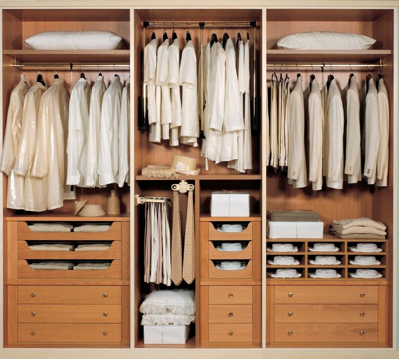 Шкаф для одежды в спальню наполнение