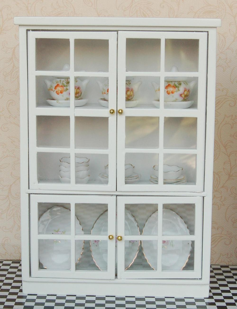 Шкаф для посуды белый