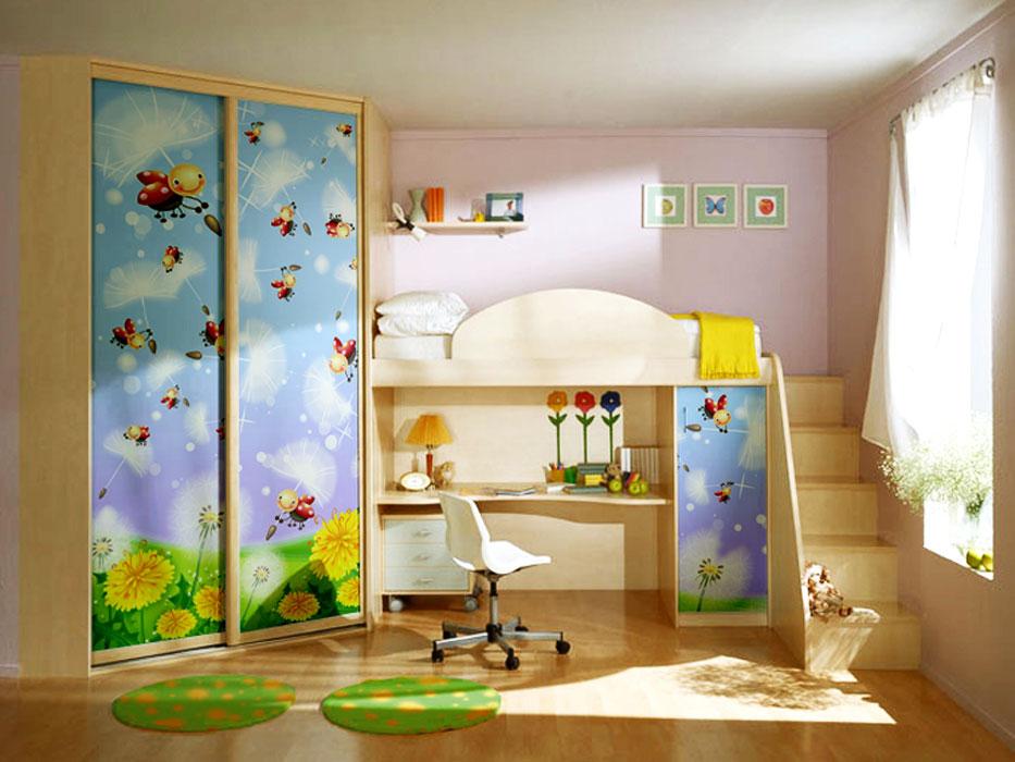 Шкаф с кроватью и столом