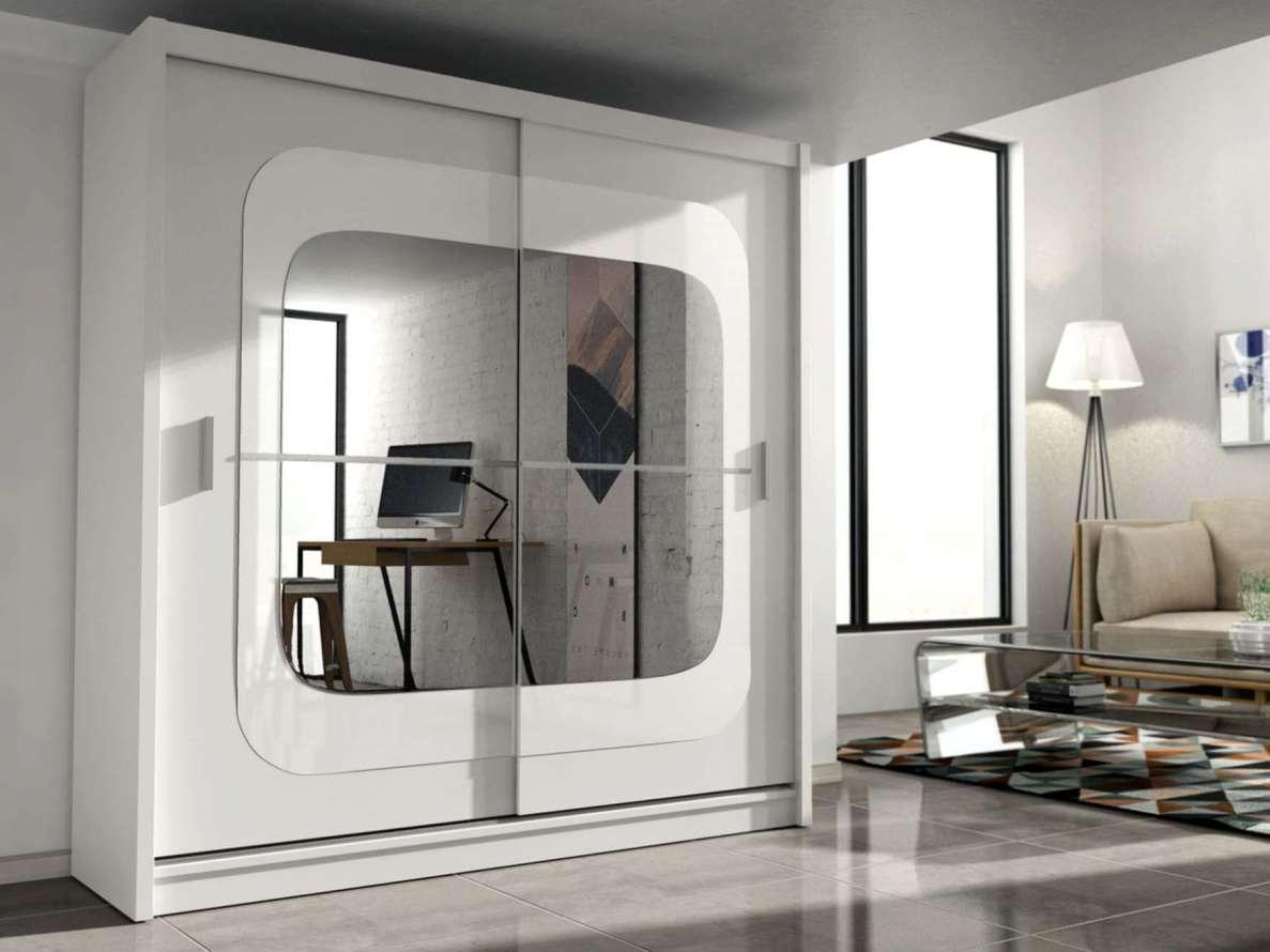 Шкаф со стеклом и зеркалом