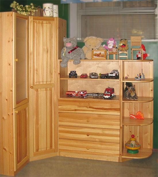 Шкаф угловой деревянный
