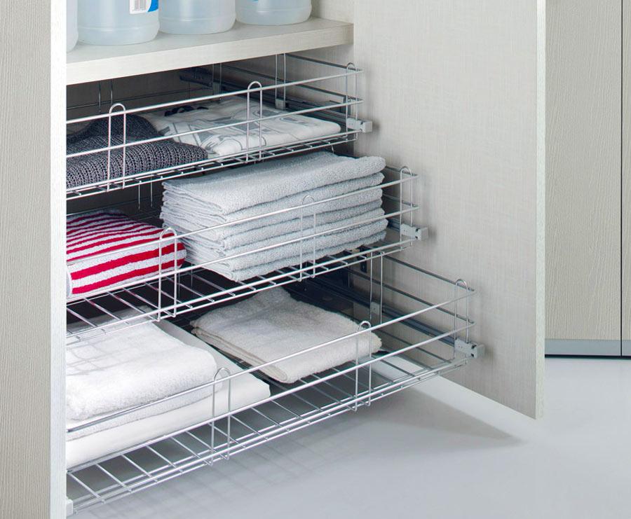Выдвижной элемент для хранения полотенец