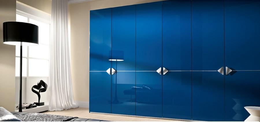 Зеркально-глянцевая мебель из нового материала- акрилайн