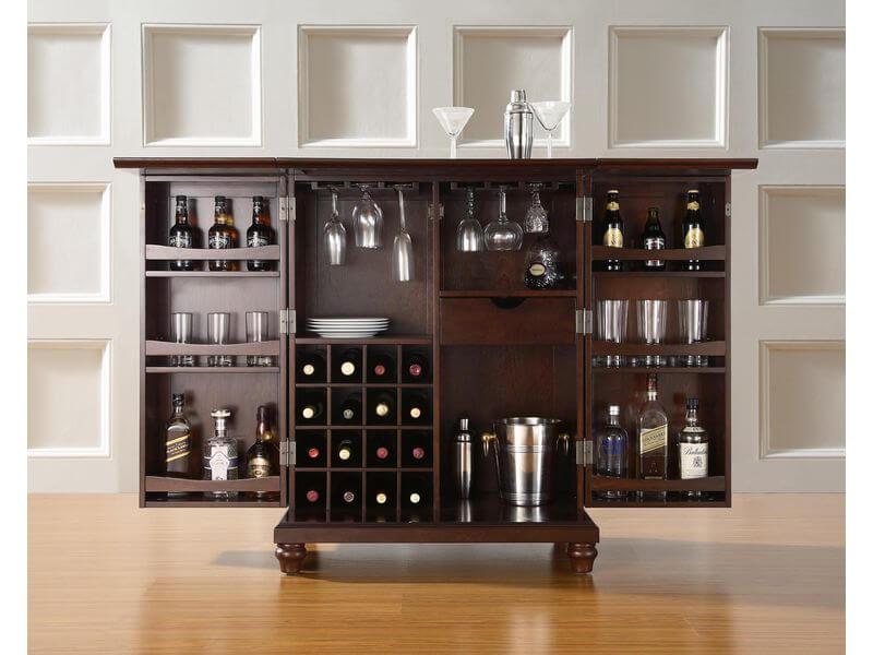 Чем наполнить барный шкаф
