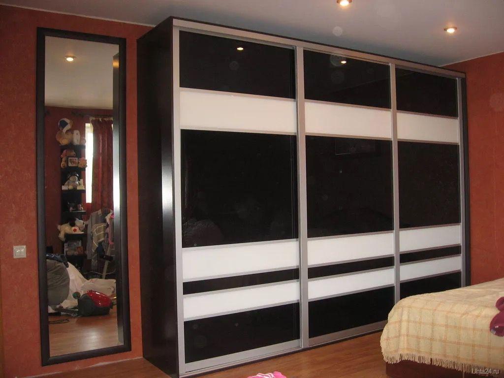 Черный шкаф купе, как подобрать и сочетать с интерьером, пра.