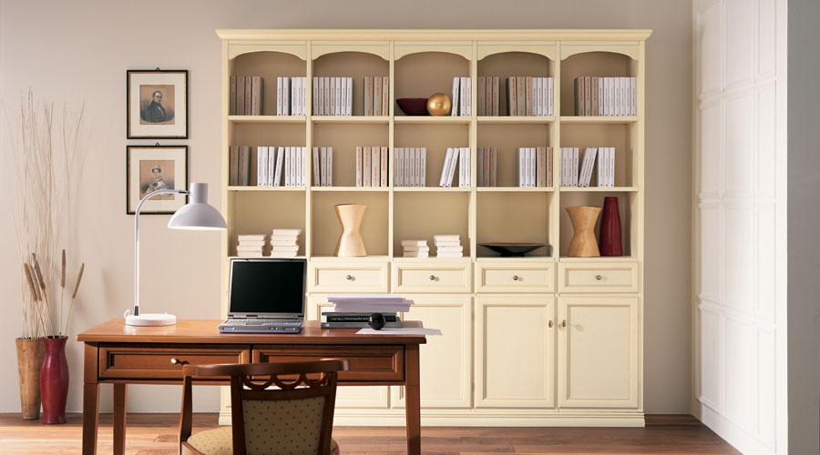 Дизайн белого шкафа для кабинета