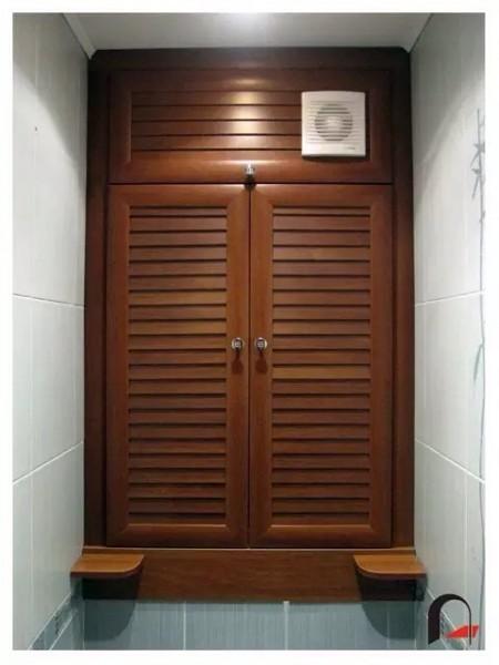 Двери деревянные для сантехнических шкафов
