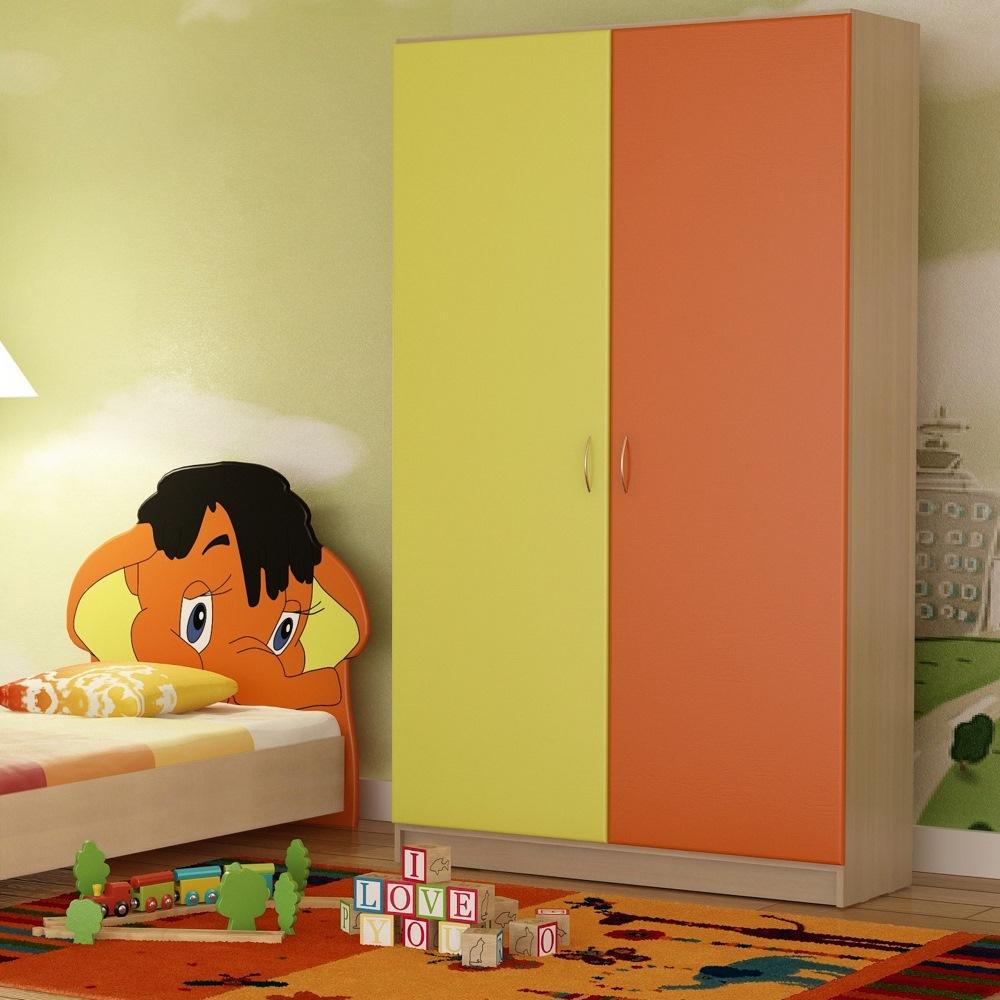 Двухцветный шкаф в детскую
