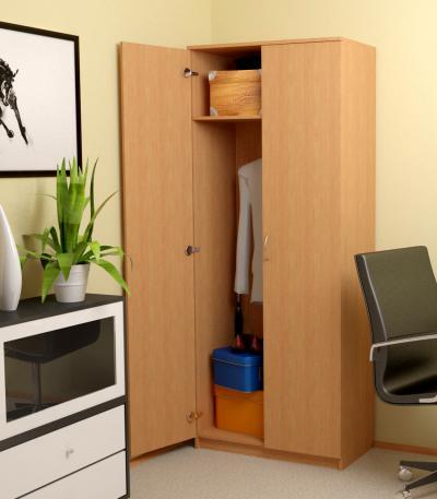 Где хранить одежду в офисе