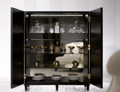 Металлический барный шкаф