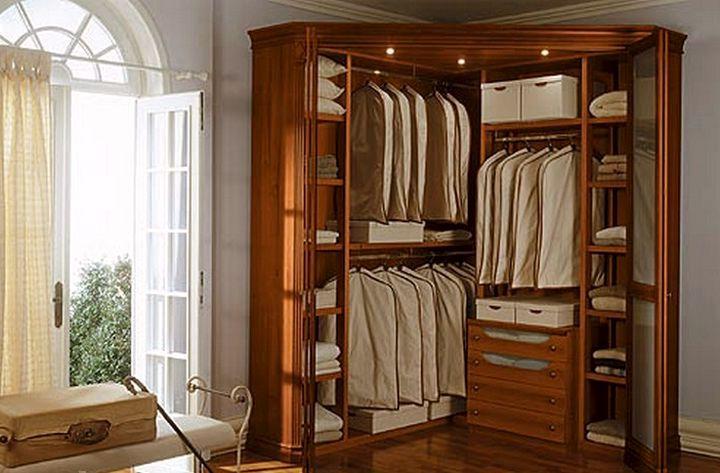 Угловой шкаф купе, советы по выбору, наполнению и размещению.