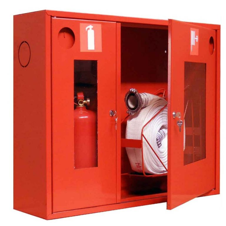 Пожарный шкаф с гидрантом